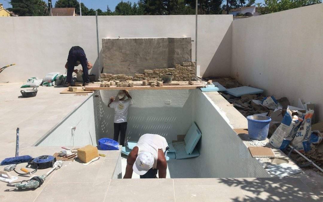 VIVIENDA CONCORDIA   Construcción de la piscina