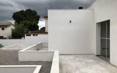 VIVIENDA ISABEL DE VILLENA   Remates de cubierta